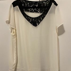Torrid Size 3 Cream and Black Lace Chiffon blouse